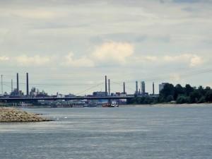 Blick auf Leverkusen.