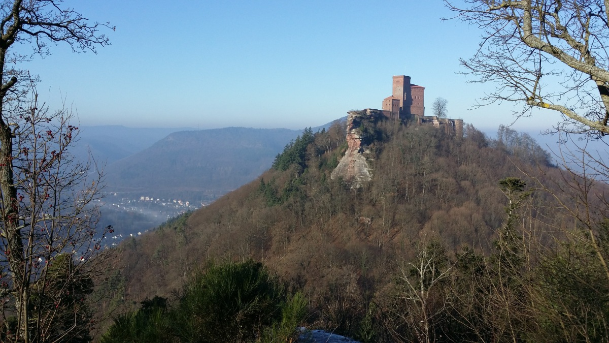 Annweiler - Burg Trifels - Zollstock Hütte